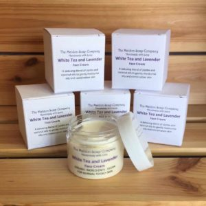 White tea and lavender face cream