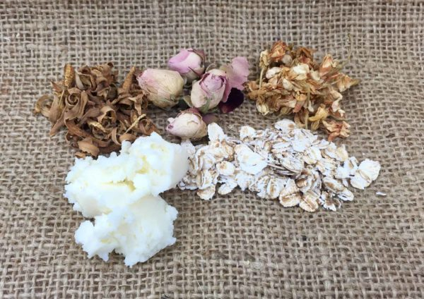 Pure indulgence luxury bath soak